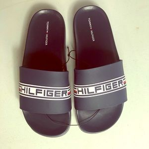Tommy Hilfiger slides size 8 new!